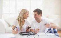 在男人心里妻子跟情人究竟哪个更重要,他们给出了答案